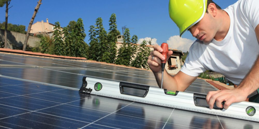Installation solaire : avantages des Panneaux solaires photovoltaïques