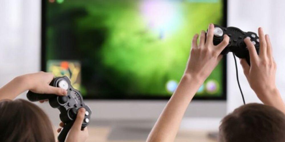 Consoles de jeux vidéos et objets high-tech : acheter directement en ligne