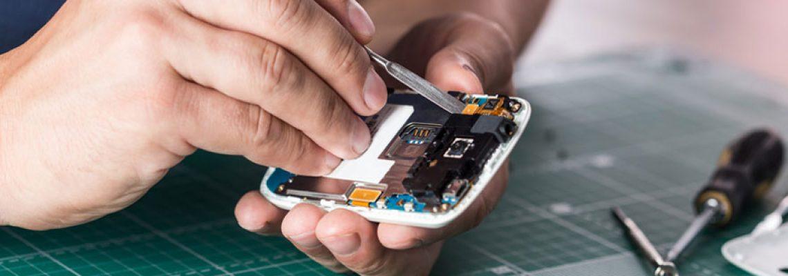 Comment réparer soi-même son téléphone en panne ?